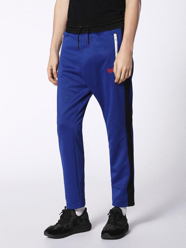 P-RUSSY, Brlliant blue