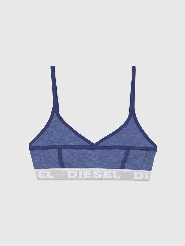 https://lv.diesel.com/dw/image/v2/BBLG_PRD/on/demandware.static/-/Sites-diesel-master-catalog/default/dw92037d20/images/large/A03195_0QCAY_8AR_O.jpg?sw=594&sh=792