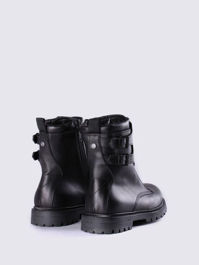 HB 9 BOOT YO, Black Leather