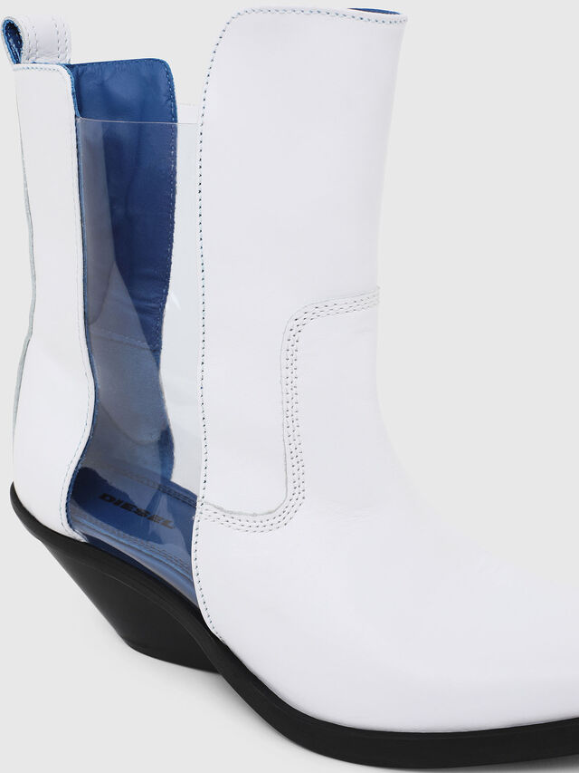 Diesel - D-GIUDECCA MAT, White - Ankle Boots - Image 4