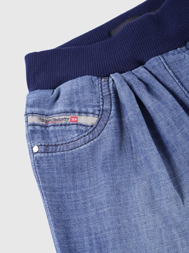 Diesel - PRIGGY-B SH-N, Blue Jeans - Shorts - Image 3