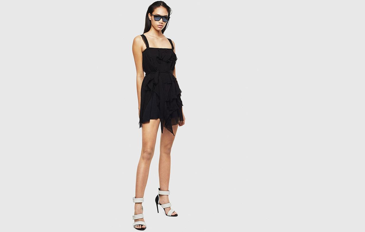 SHOP DRESSES ON SALE